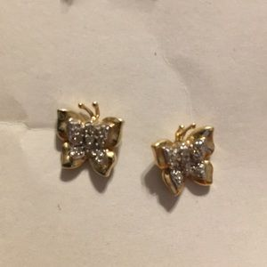 Jewelry - Gold butterfly earrings